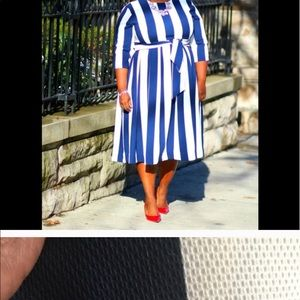 Reposed, very good condition. Midi Dress